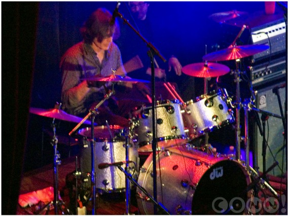 "Jody Stephens drumming ""September Gurls"""